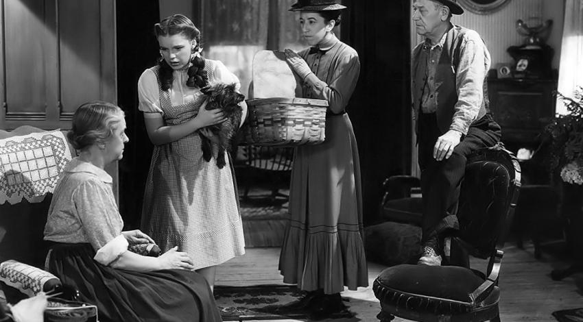"Judy Garland Margaret Hamilton, Clara Blandick, Charley Grapewin, Terry  | ""The Wizard Oz"" (1939)"