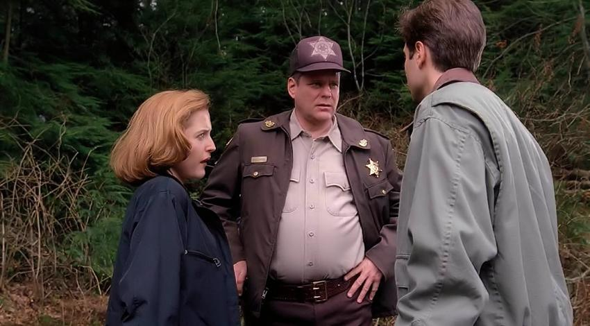 "Gillian Anderson, David Duchovny, Chris Ellis | ""The X Files"" (1993)"