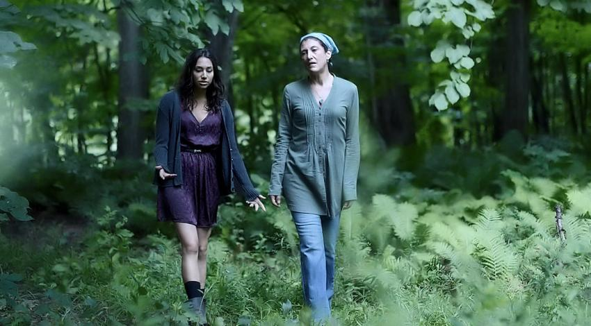 "Amy Aquino, Meaghan Rath | ""Being Human"" (2011) *"