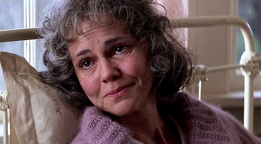 "Sally Field | ""Forrest Gump"" (1994)"