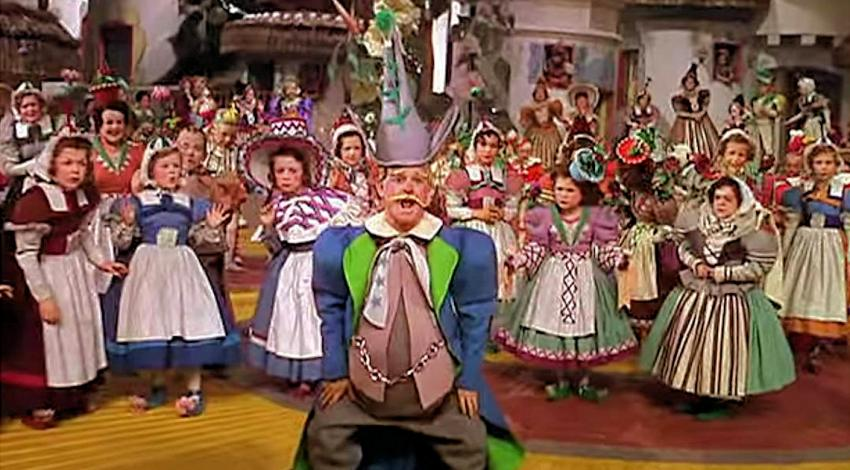 "Ardith Dondanville & Munchkins | ""The Wizard Oz"" (1939)"